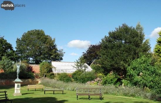 Fritton Lake - Victorian lake side gardens