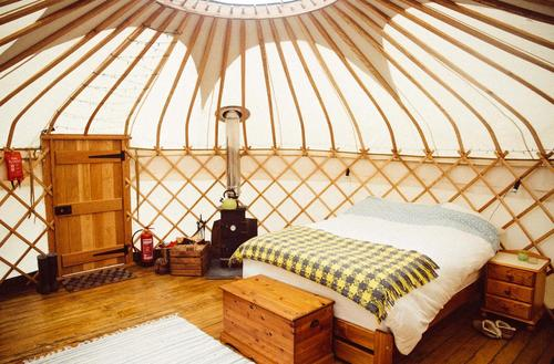 Yurt-bed-woodburner