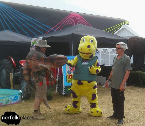 Dinosaurs meet at Norfolk Show
