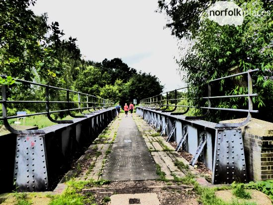 marriotts way railway bridge