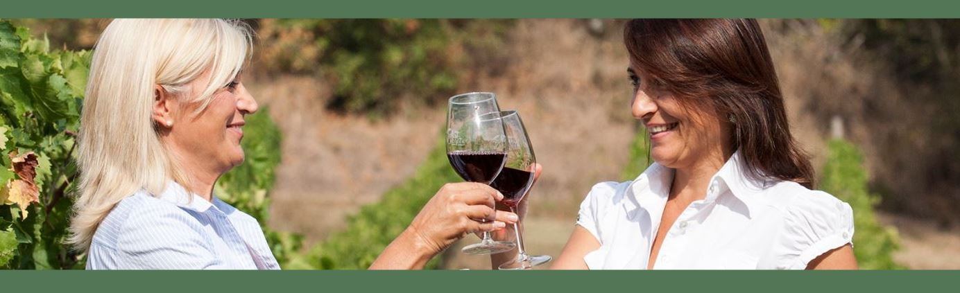 Roberta-Lidia-wine-tasting-the-grove-cromer