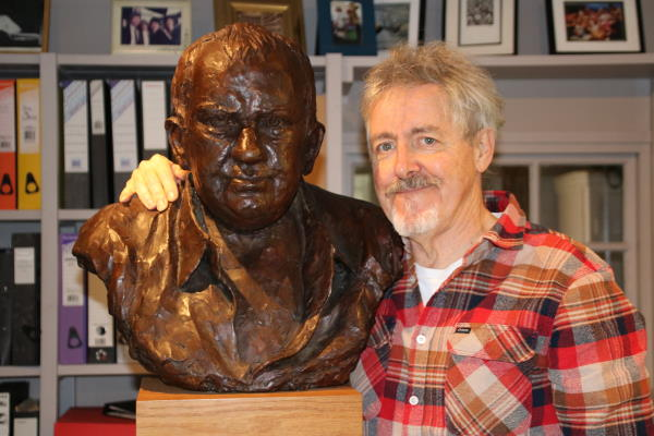 Griff Rhys Jones and Mel Smith bust